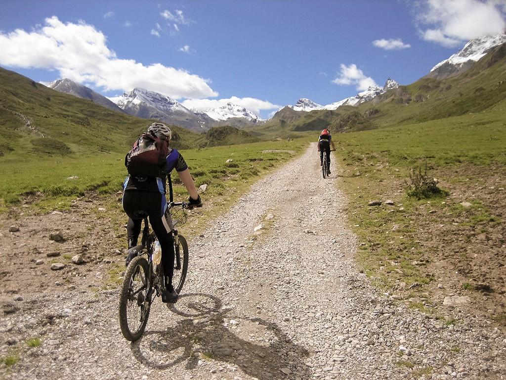 Pedalieren .. pedalieren .. Alpencross heißt endlos treten
